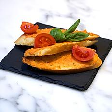 PAN TOMATO