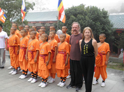 Sifu Garry & Linda with the young monks (2)