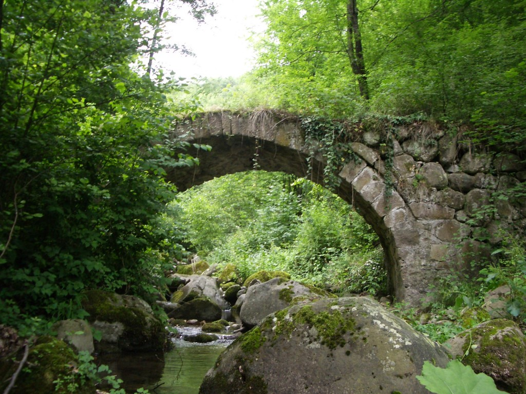 Shiroka Laka Roman Bridge