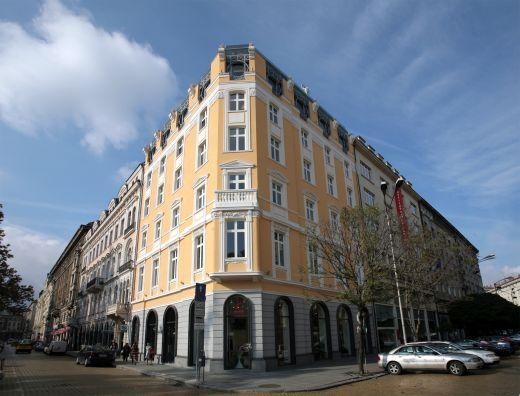 Battenberg Business Building