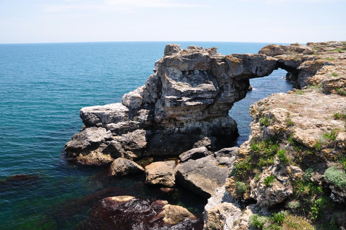 Tyulenovski rocks