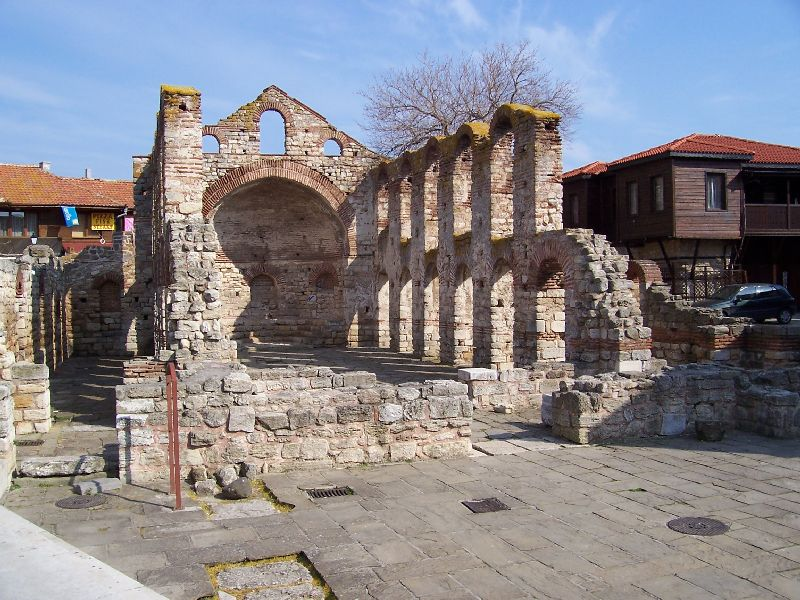 Nesebar roman looking1