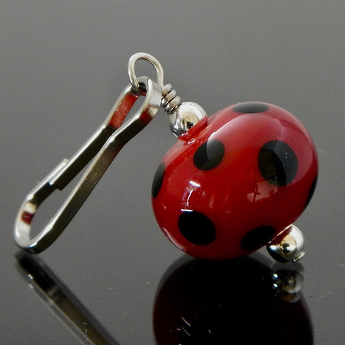 zipper pull polka dots red and black side view
