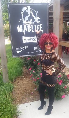 Red Sugar Blues - Madlife Stage and Stud