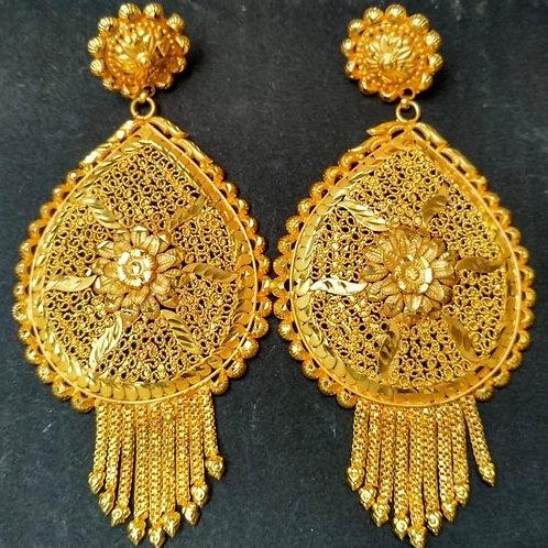 Anik earrings