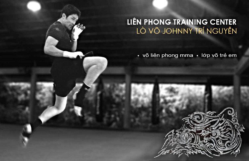 JTN Lien Phong flying knee