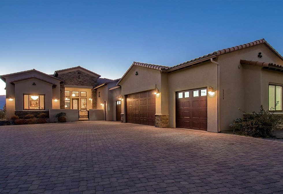 2275 Pepperwood Front of house.jpg