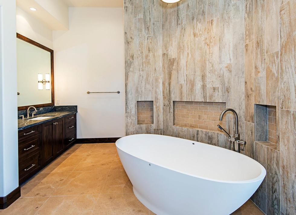 11155 Boulder Glen Way Master Bath towar