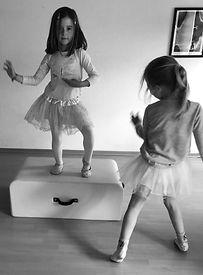 Ballet Anna Emma.jpg