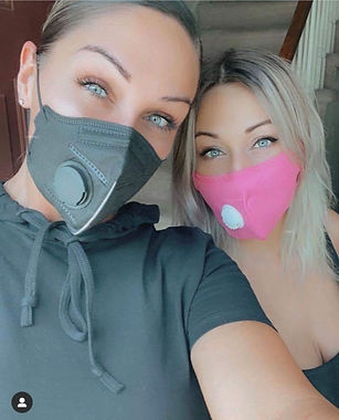 Charlotte & Sis.jpg