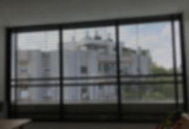 צלון חיצוני לחלונות בלגיים