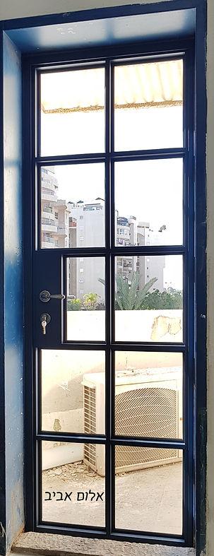 דלת בלגית | אלום אביב