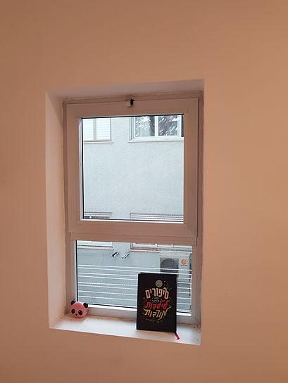 חלון אלומיניום 4400