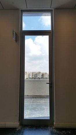דלת 4500