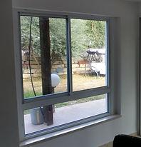 חלון הזזה משולב קבוע תחתון