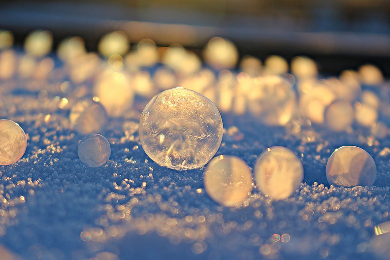 soap-bubble-1983918_1920.jpg
