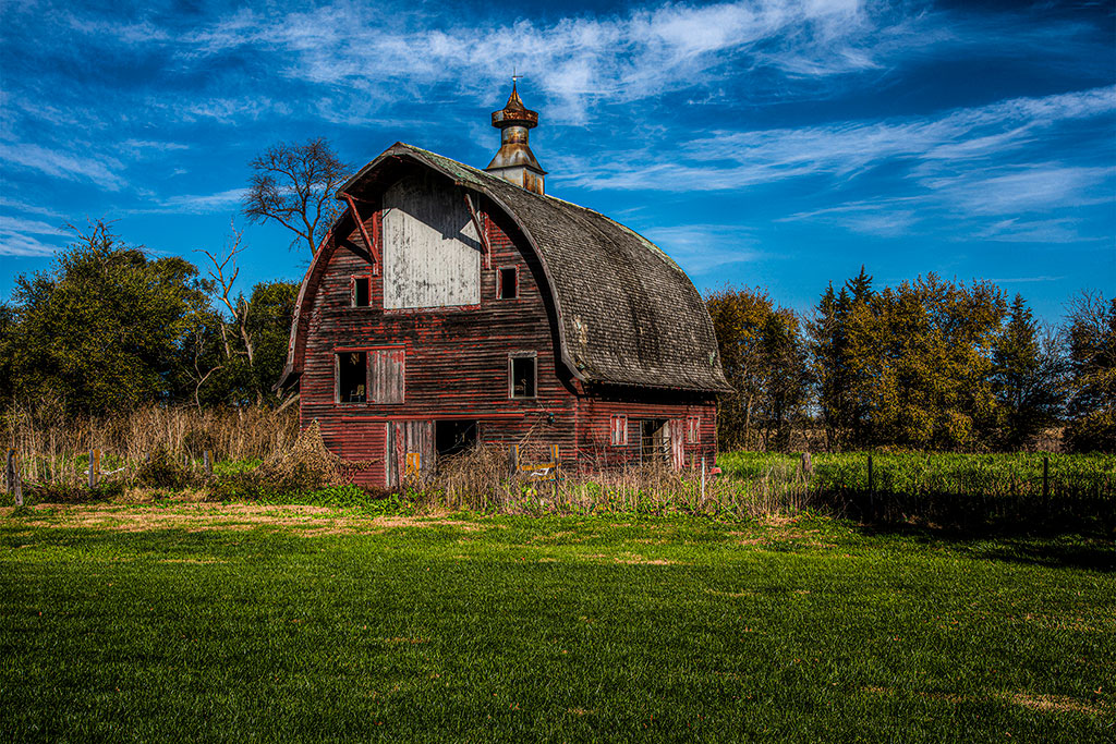 Stately-Old-Barn_6836