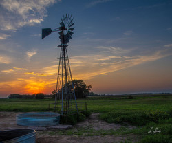 The-Windmill-Rests_6425