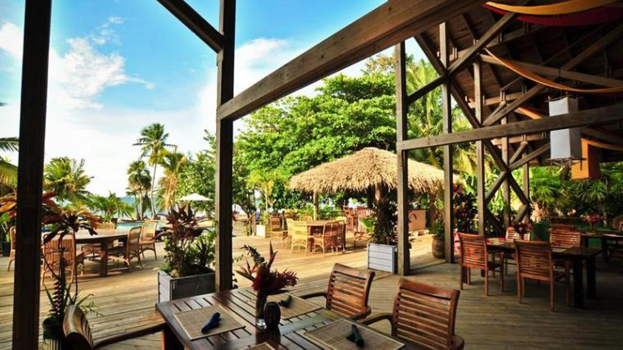 palmetto dining area