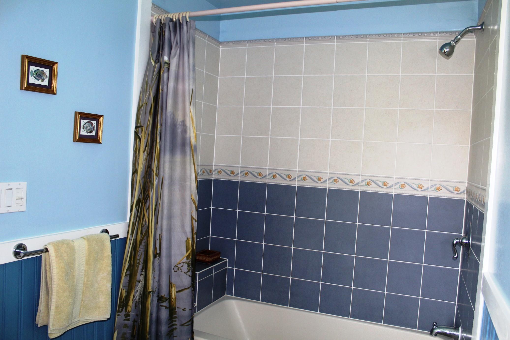 4 bdrm bath