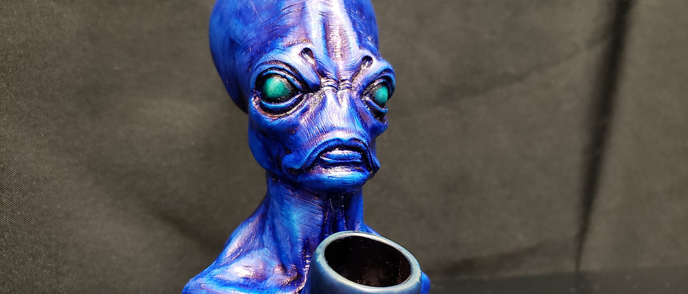 Blue Alien 👽 Peruvian Pipe