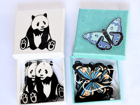 Paper tag in the box Panda Butterfly_edi