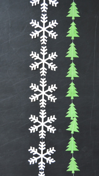 Garlands White Snowflake  and Green Tree