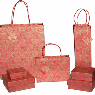 LEAF-DESIGN-GIFT-BAGS