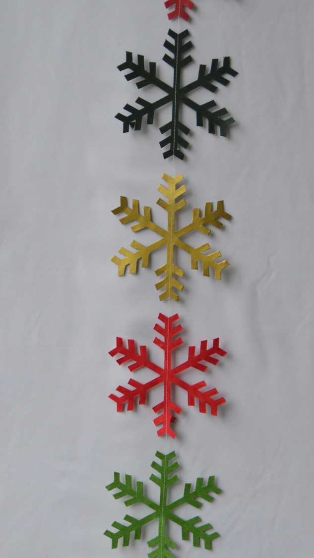 Garland Multi-color Snowflake.jpg