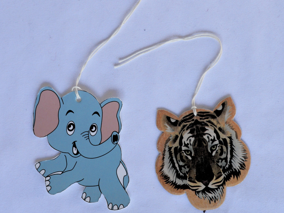 Paper Tag Tiger Elephant_edited.jpg
