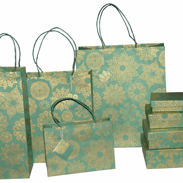 CHRISTMAS-DESIGN-GIFT-BAG