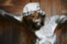 crucifix-1502352_1920.jpg
