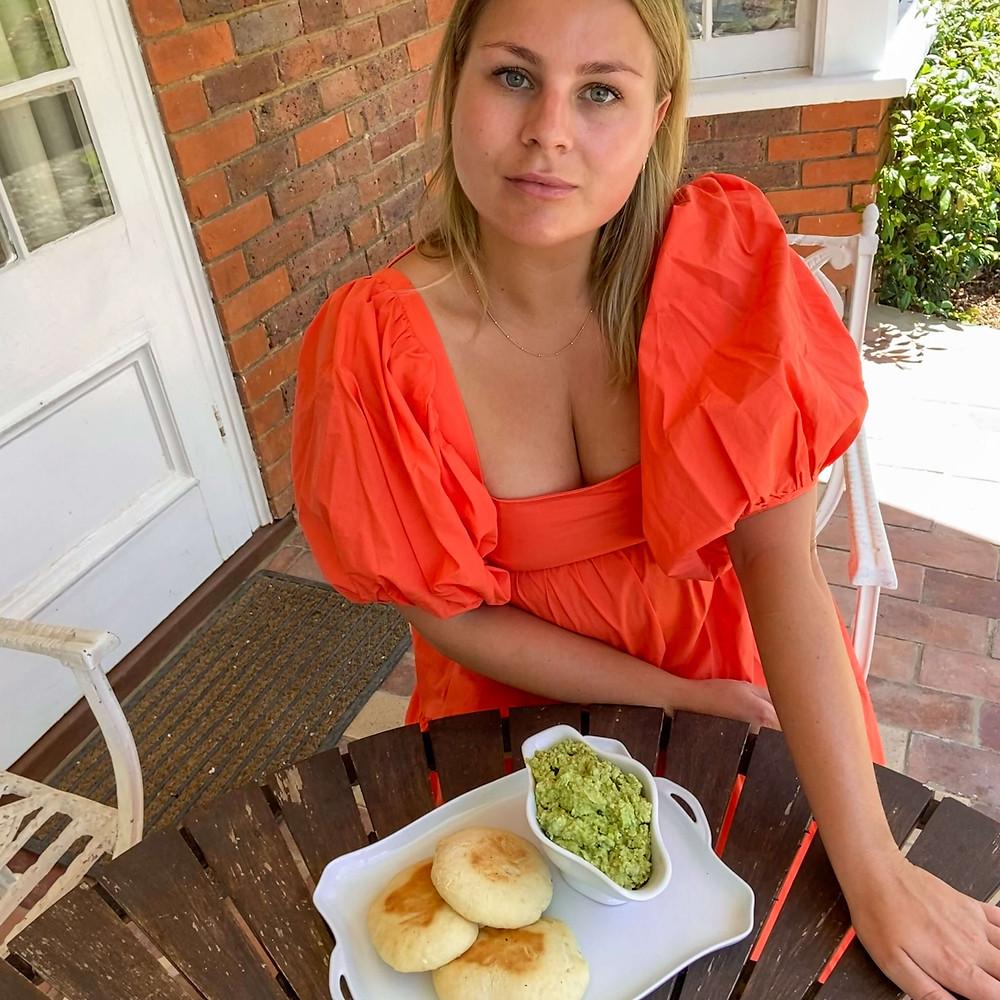 Healthy summer snacks - a broad bean dip recipe