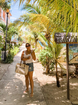 Explore Placencia in Belize with me!