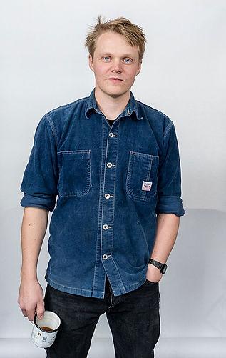 Jonas-Lutz-portrait-web.jpg