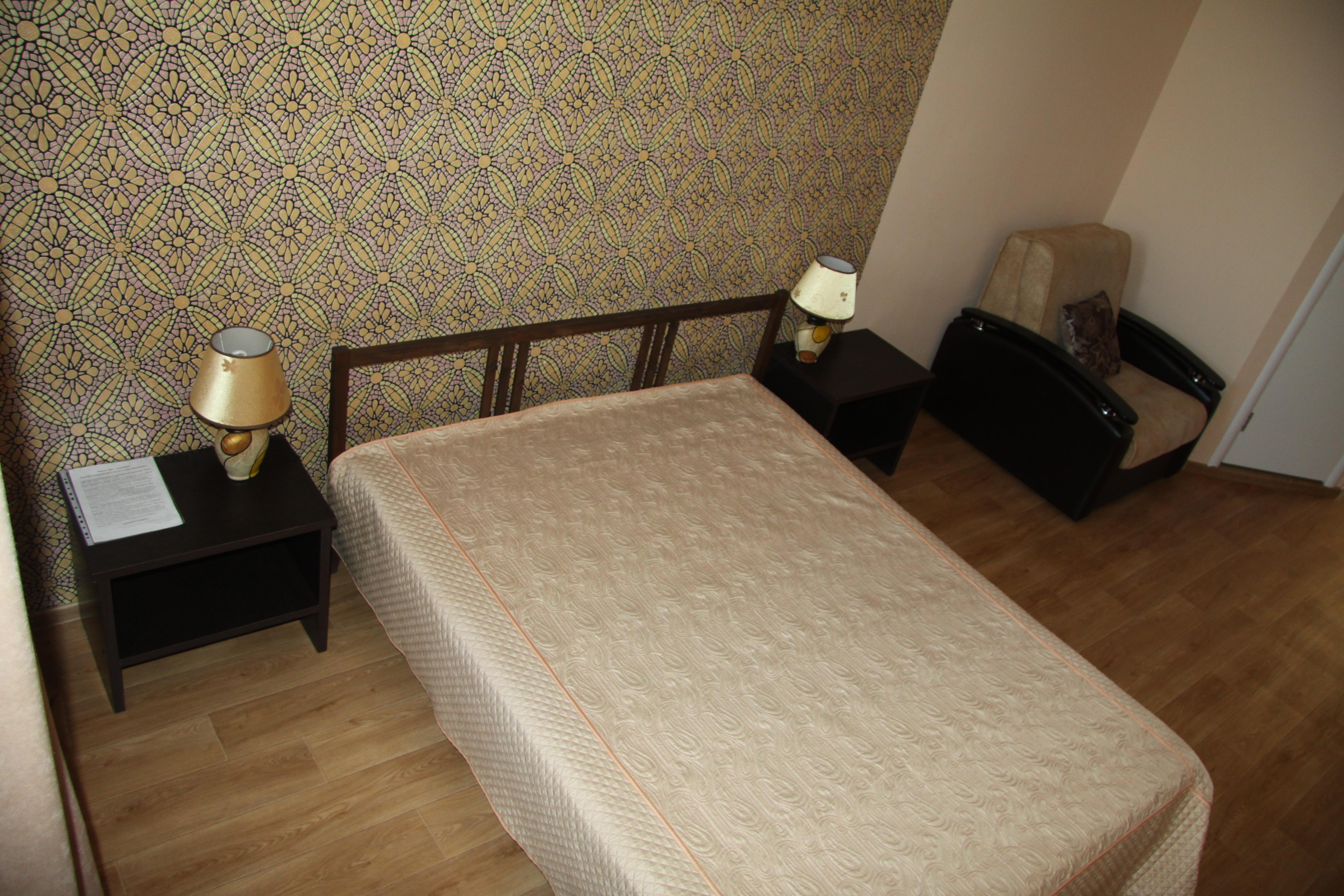 номер с двухспальной кроватью