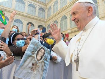 O Papa: a oração de Jesus é o modelo da nossa oração