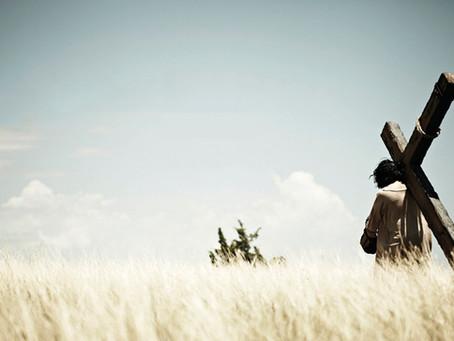 Quem não carregar a cruz atrás de mim, não poderá ser meu discípulo (Lc 14,27)