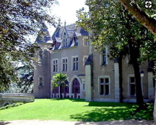 chateau caylus