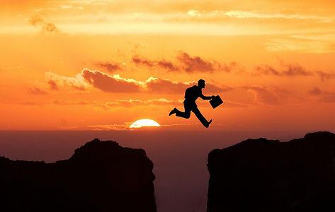 jump-5266634_1920.jpg