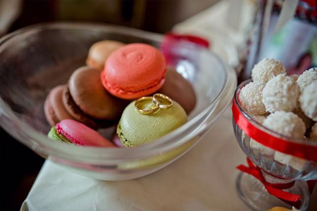 Macarons and romance