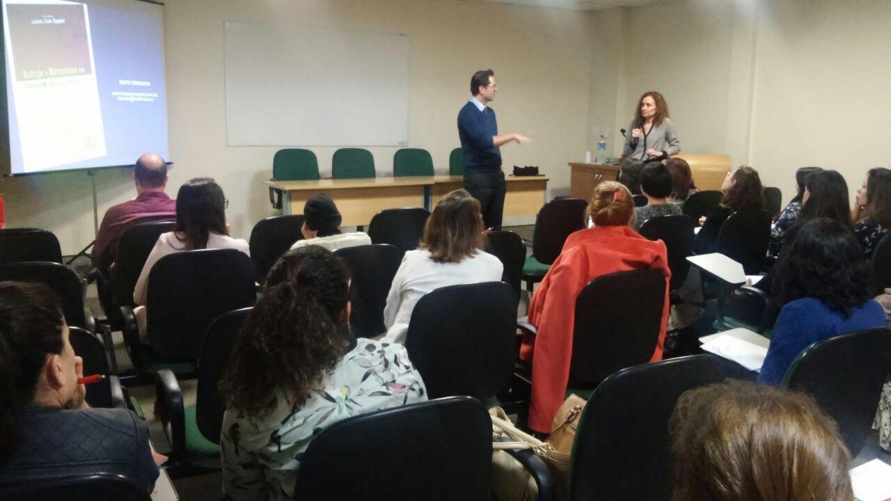 Dr. Gustavo Fernandes