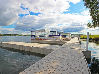 Advantages of a Floating Dock