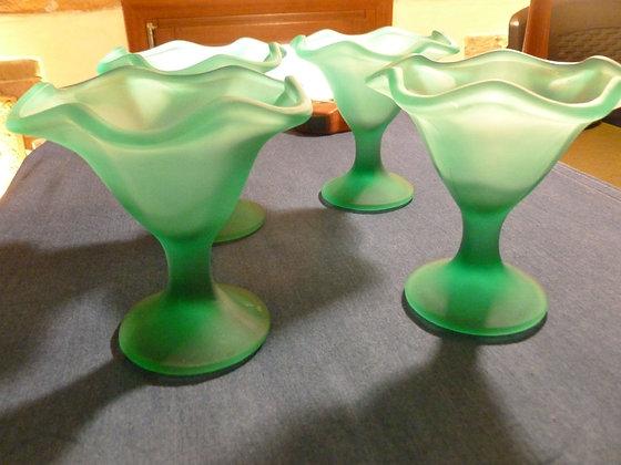 Set di 4 coppe gelato in vetro pesante verde