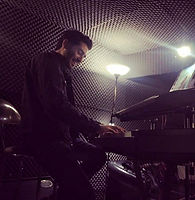 Yeşilköy Müzik Atölyesi - Piyano öğretmeni