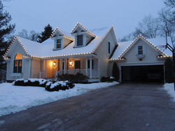 Warm White LED Roofline and Wreaths