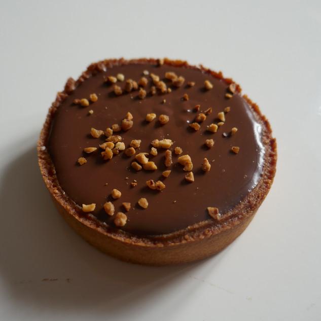 Tarte chocolat caramel cacahuète
