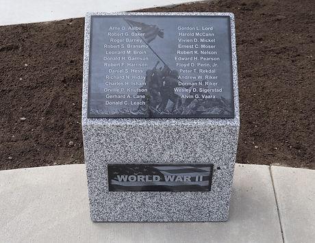 44-World War II Pedestal.JPG
