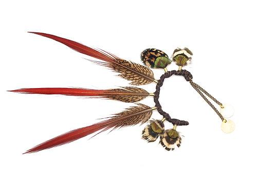 Ear Cuff Golden Amherst Red Tip