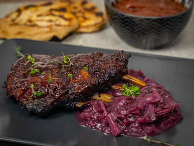 Ribs vom Wildschwein mit Preiselbeer-BBQ-Sauce